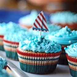 nautical cupcakes 2 crop